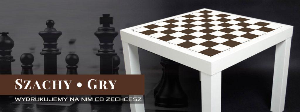 Na zdjęciu projekt stolika Ikea Lack z nadrukowaną na blacie szachownicą.