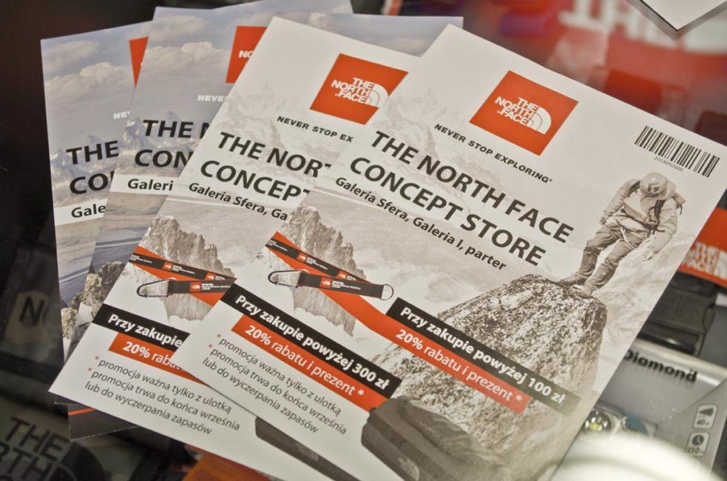 Na zdjęciu front ulotki dwustronnej The North Face