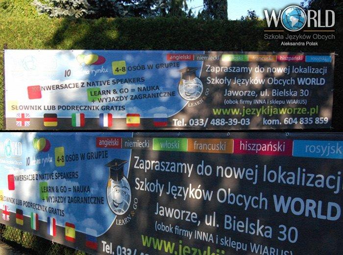 """Wydrukowany baner na płocie Szkoły Języków Obcych """"World"""" w Jaworzu"""
